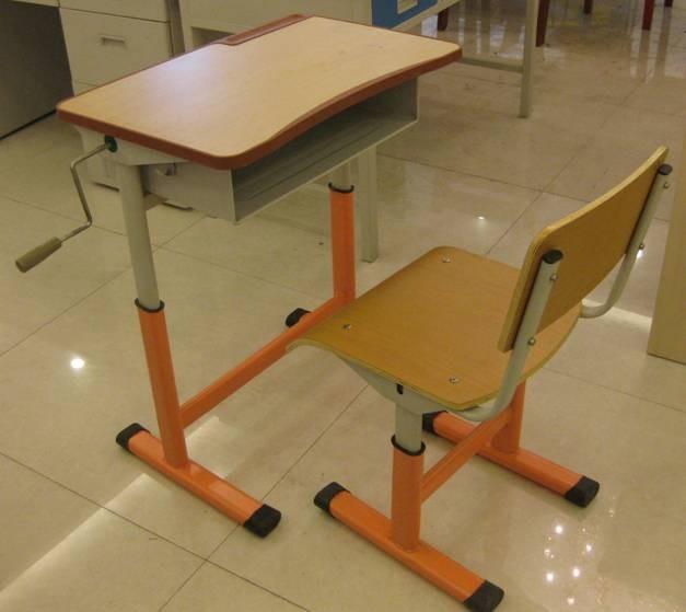 机械升降课桌椅